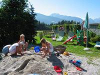 Sandburgen bauen am Deutlhauserhof