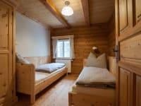 Schlafzimmer/Kinderzimmer aus Zirbenholz