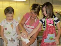Brotbacken mit der Bäuerin