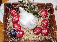 Eier verzieren ist das Steckenpferd der Bäuerin