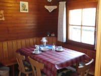Dorferhütte: Wohnküche