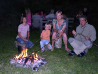 Familie-Lagerfeuer