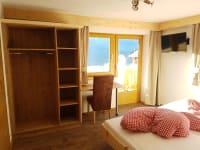 Zimmer Blockkogel mit Zirbenbett