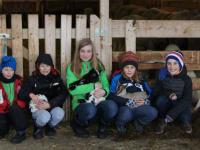 Kinder mit Tieren