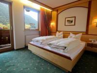 Doppelzimmer oder Dreibettzimmer