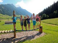Abenteuerspielplatz für Kinder - BALANCIERGERÄTE
