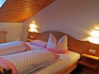 Schlafzimmer 2 / Salvenblick