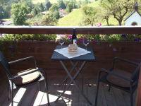 Balkon-Sicht Kapelle-Swimmingpool-Pendling