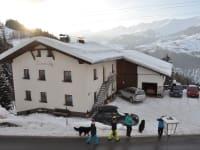 Unser Haus im Schnee!