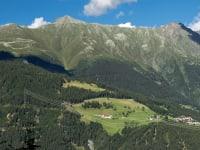 Biohof-Inntalblick, inmitten der Naturparkregion Kaunergrat