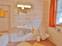 Ferienwohnung Edelweiß - Badezimmer Ost