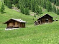 Tschey Hütte und Stadel