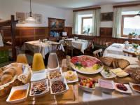 regionales Osttirol Frühstück am Kristemoarhof