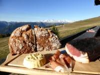 Eine deftige Speckjause schmeckt bei uns in Osttirol am besten!