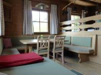 gemütliche Wohnküche auf der Kristemoarhütte