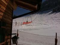 Skilift hinterm Haus
