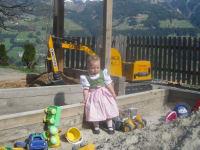 Sandplatz und Bagger