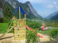 Hofspielplatz für die Kinder