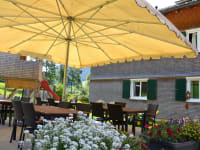 Unsere gemütliche Terrasse läd zum entspannen ein