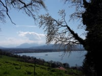 Wanderungen am Berg und See sind sehr beliebt