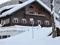 Hirschau im Winter