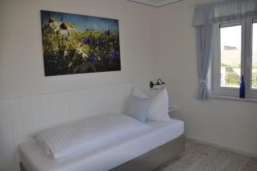 Schlafzimmer 2 Blaufränkisch