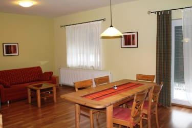 Küche/ Wohnraum Fewo2