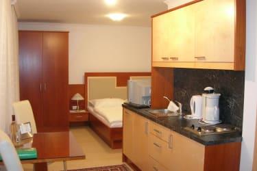 Appartmentzimmer unten