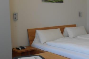 Doppelbettzimmer neu