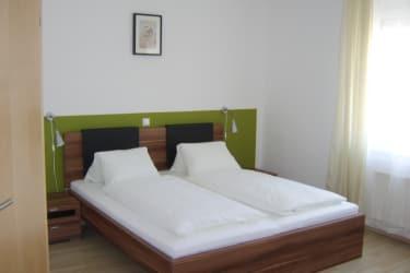 Zimmer-Ferienwohnung