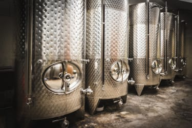 bei der Weinproduktion