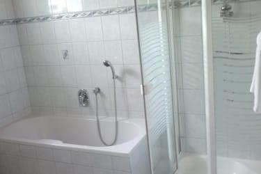 Ferienwohnung Badezimmer