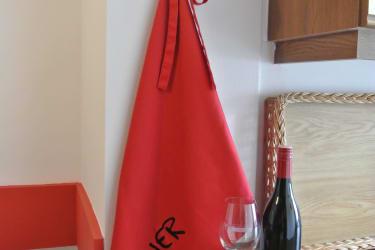 ROOM_3 Pinot Noir
