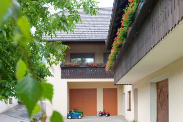 Appartementhaus, Ansicht vom Hof aus