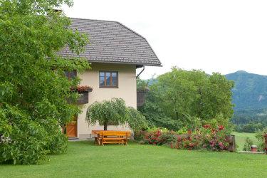 Ferienhaus, Blick vom Garten aus