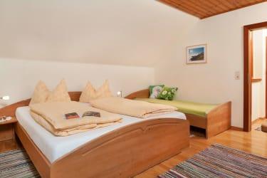 Wohn-Schlafzimmer Eiche