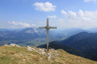 Gipfel-Oisternig mit Blick in den Raum Villach