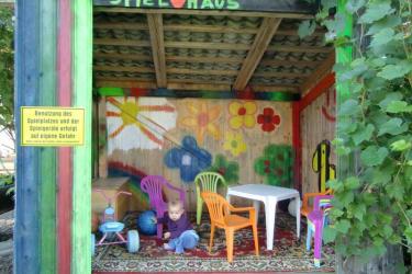 Unser neues Kinderspielhaus