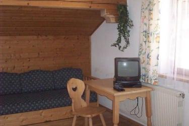 ...Chouch und Sat-TV in der FW- Hofgarten