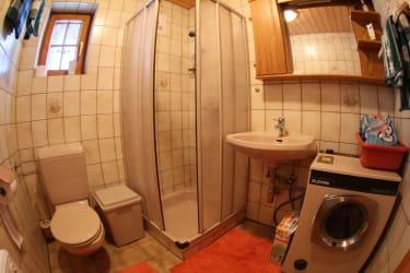 2. Badezimmer/Dusche