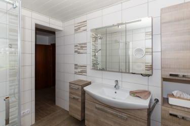 Fewo Mussen Badezimmer mit Infrarotkabine