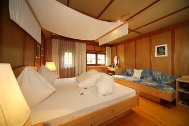 Schlafzimmer Tanne