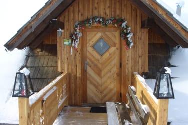 Hütten-Eingang