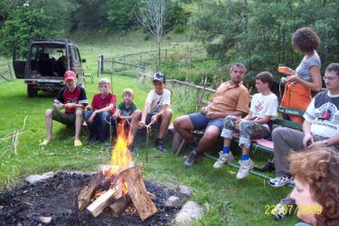 Lagerfeuer beim Teich