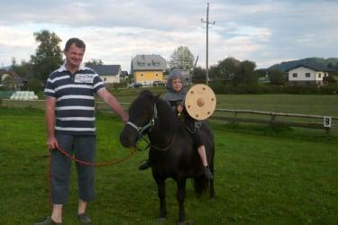 Ritter Tom auf Fidibus