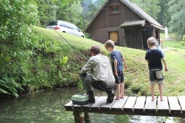 Gäste beim Fischen