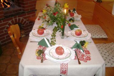 Fasten Tisch