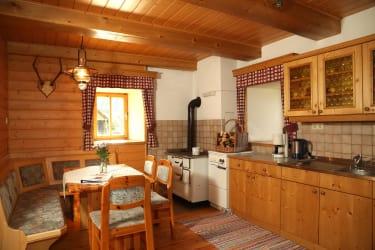 Wohnküche Blumenwiese