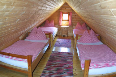 Schlafzimmer in der Mansarde