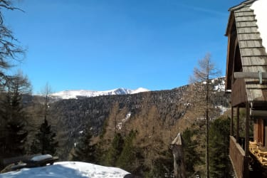 Hütte und Südwestblick
